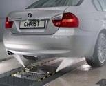 UNDERREDSTVÄTT. Intelligent underreds- och chassitvätt som mäter bilens exakta längd.